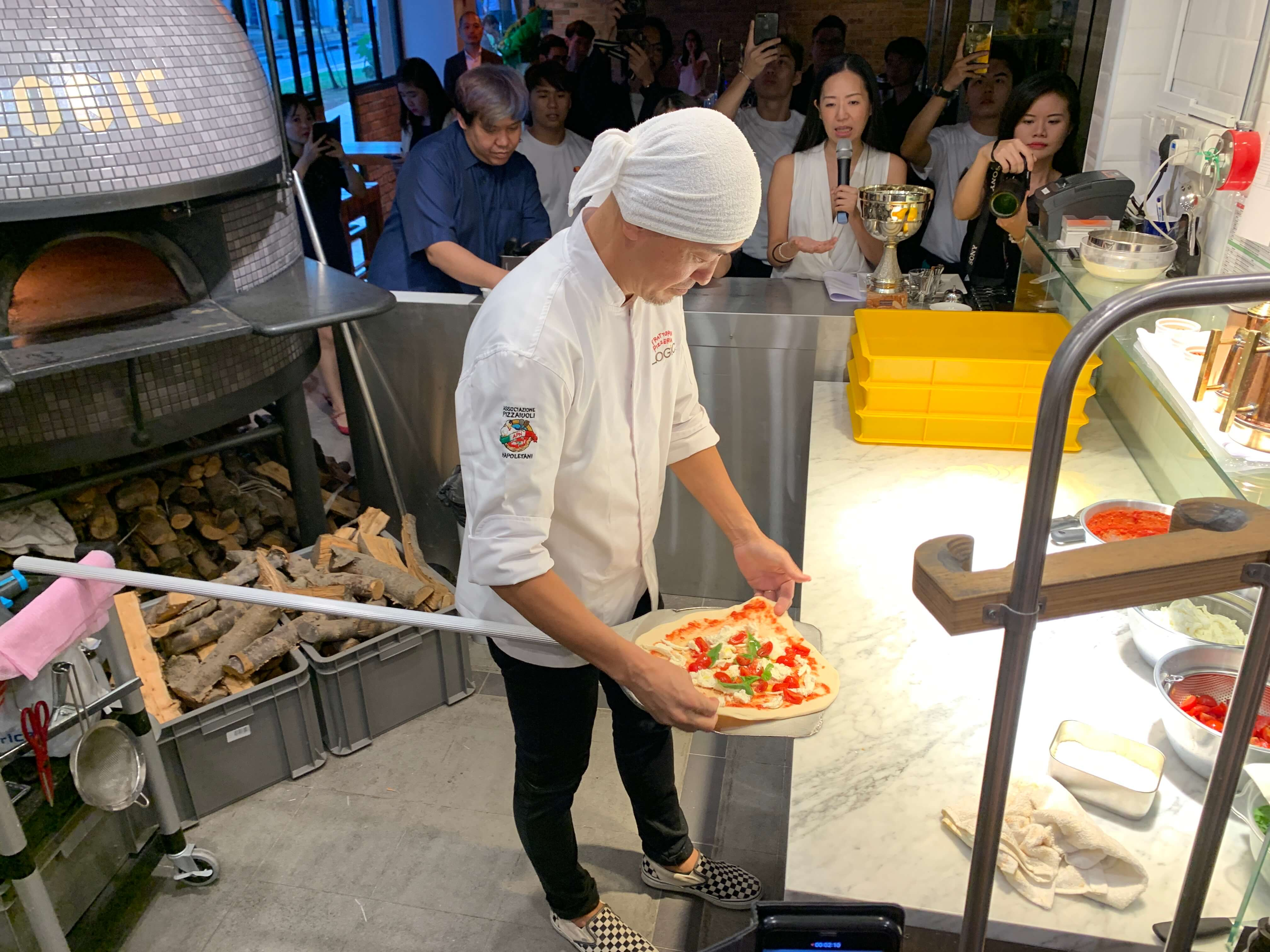 世界大会優勝ピザ職人が来星!【Trattoria Pizzeria LOGIC / トラットリア ピザリア ロジック】@クレイグロード
