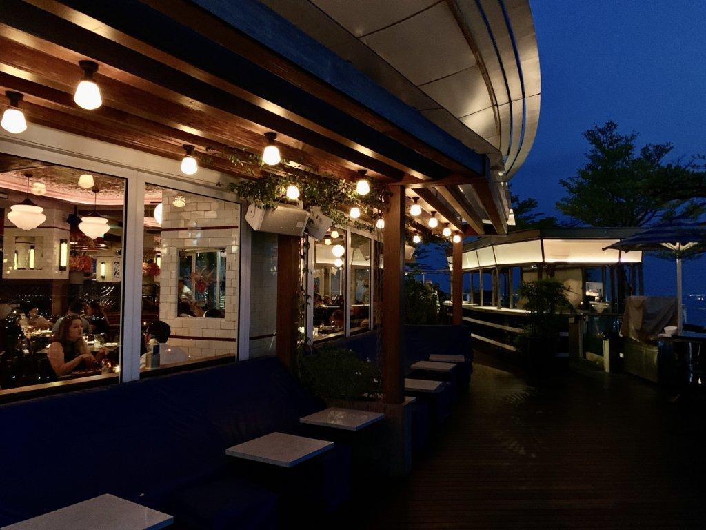 シンガポールの絶景が一望できるルーフトップバー 【LAVO ITALIAN RESTAURANT & ROOFTOP BAR】@マリーナベイサンズ