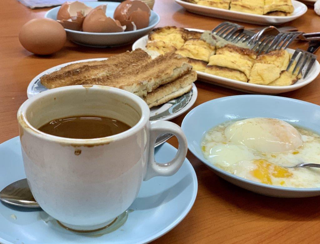 シンガポールの定番朝食!【カヤトースト / Kaya Toast】Tong Ah Eating House@チャイナタウン