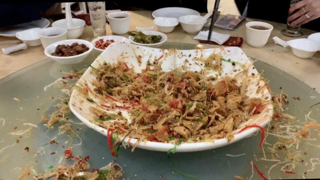 シンガポールの旧正月名物【Lo Hei / ローヘイ】ドラゴン フェニックス / Dragon Phoenix Restaurant@クラークキー
